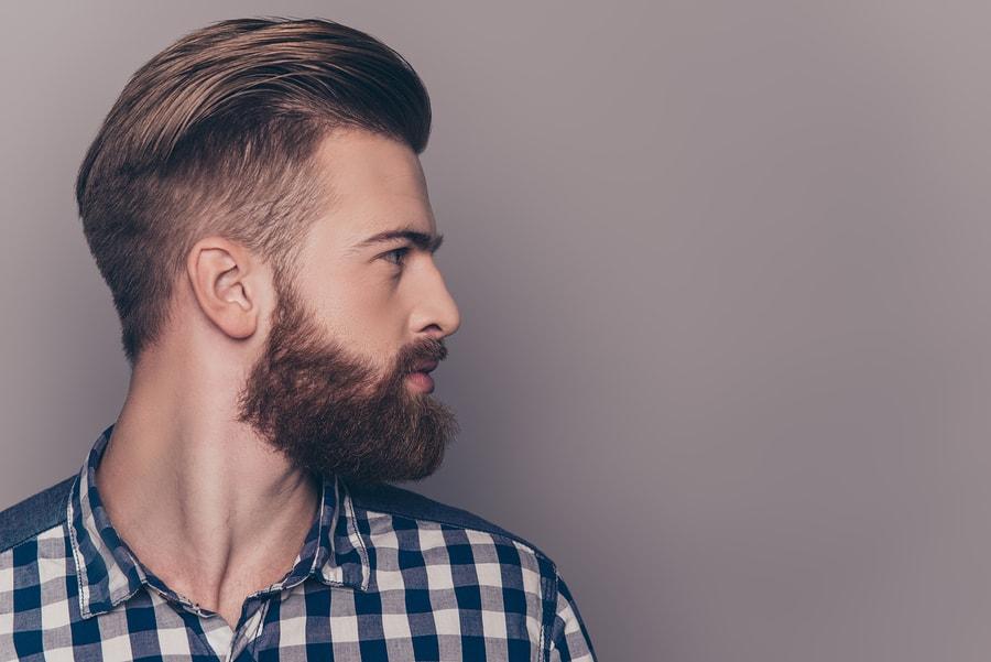 Cheveux gras: Que faire?